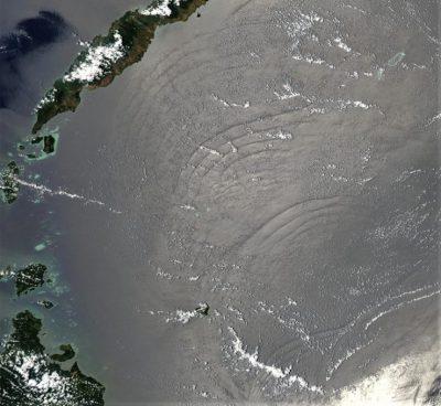 环境百科全书-潮汐-苏禄海表面的传播情况