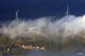 Encyclopédie environnement - énergie - Eoliennes à Pellafol - wind turbines in pellafol