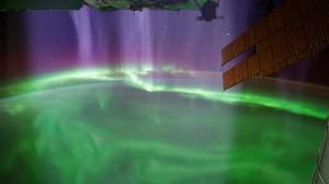 Encyclopédie environnement - haute atmosphère - vue station spatiale - upper atmosphere