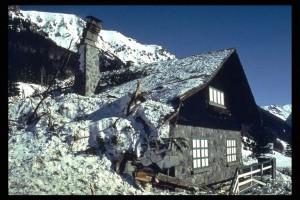 Encyclopédie Environnement - risques naturels - Avalanche de Montroc - avalanche