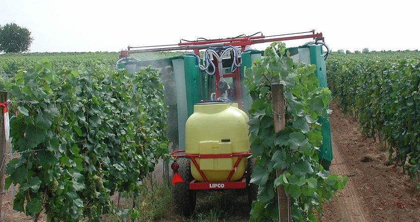 Encyclopédie environnement -pesticides - couverture