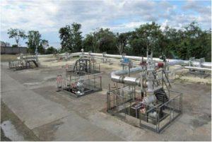 Encyclopedie environnement - geothermie - Vue des têtes de puits de production Guadeloupe - wellheads field guadeloupe - geothermal energy