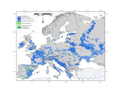 karst - Encyclopedie de l'environnement - Carte des aquifères karstiques d'Europe - map of karst aquifers europe