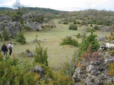 karst - Encyclopedie de l'environnement - Doline du causse du Larzac (Hérault)