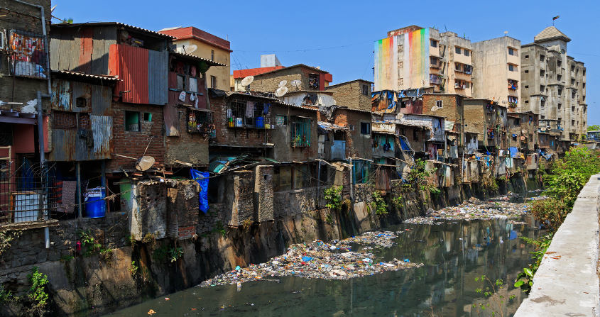 bidonville - dharavi - mumbai - inde - pollution - encyclopedie environnement - environmental inequalities
