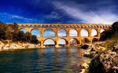 环境百科全书-水文法-法国加尔桥