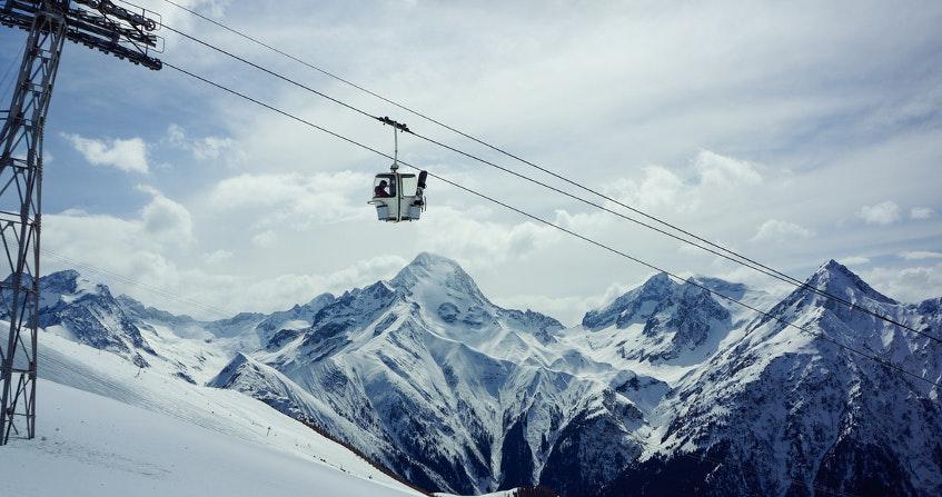stella caraman - montagne neige - moutain law - droit montagne